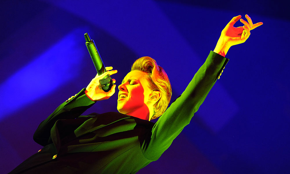 La Roux Photo by Tabatha Fireman/Redferns via Getty Images
