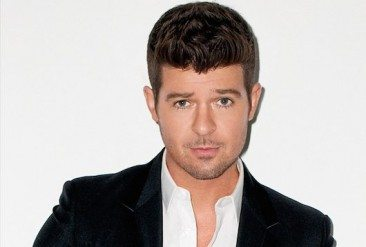 Robin Thicke Ready To Blur Some More Lines