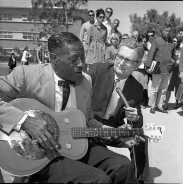 Bluesmen And Their Love Affair With National Guitars