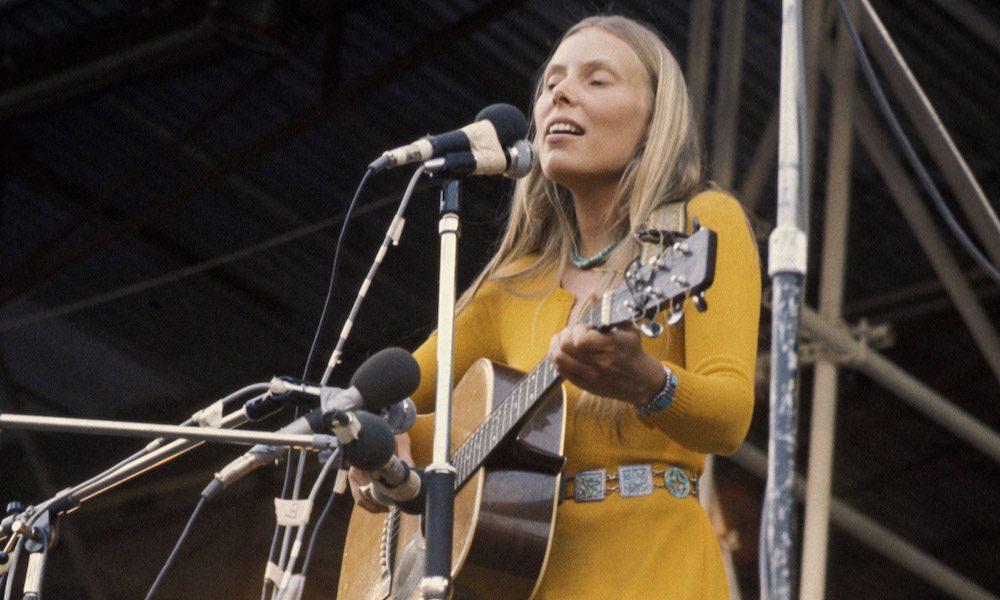 Joni Mitchell Isle Of Wight Performance