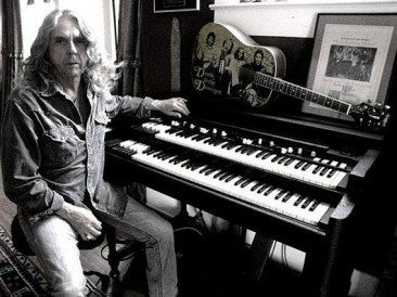 Bobby Whitlock Talks Derek and The Dominos…and More