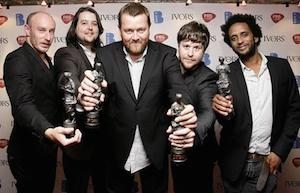 Elbow-award_1408003c