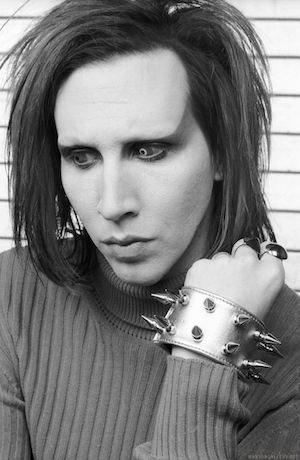 Marilyn-Manson-marilyn-manson-29938067-1670-2560