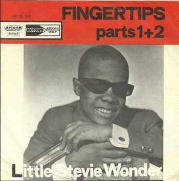 Stevie Wonder Makes Hot 100 Debut By His 'Fingertips'