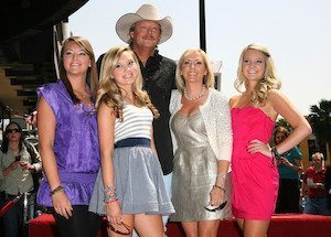 Alan-Jackson-and-Family-CountryMusicIsLove