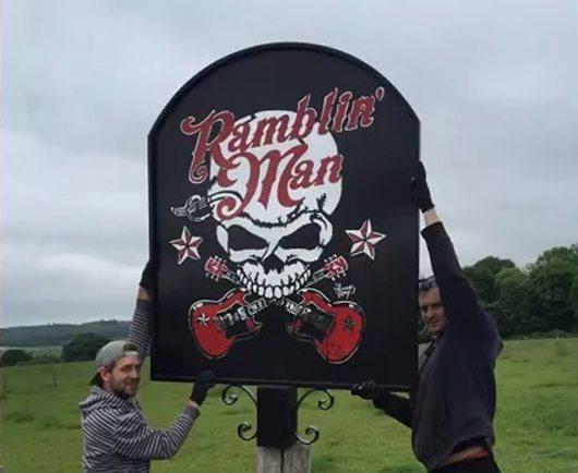 Ramblin Man Pub Sign - 530