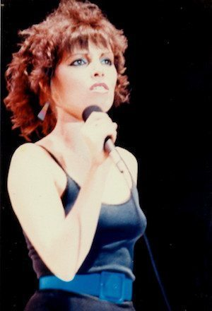 Pat-Benatar-Sexy-Top-with-Blue-belt-pat-benatar-live-83-the-top-38290440-1219-1787