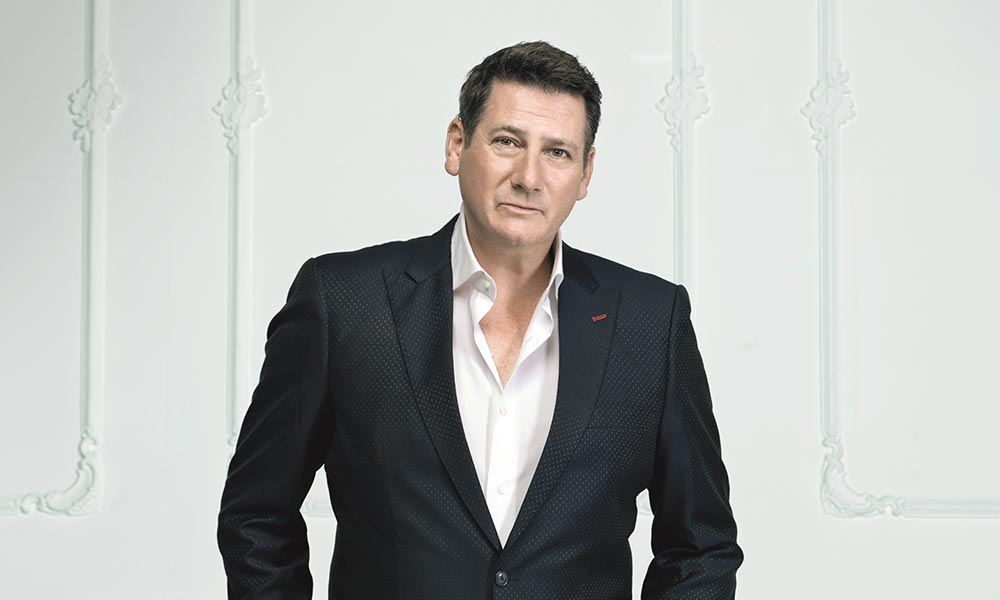 Tony Hadley The Christmas Album 2015 press shot web optimised 1000