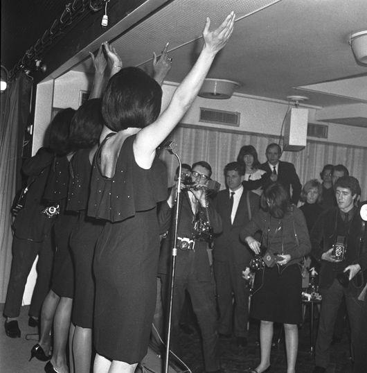 Supremes, UK Press Reception, Mar 65