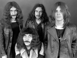 BLACK-SABBATH-EARLY-PROMO-BAND-SHOT-compressor