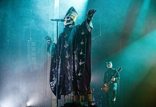 Ghost, Papa Emeritus III, London Palladium, 2 March 2016