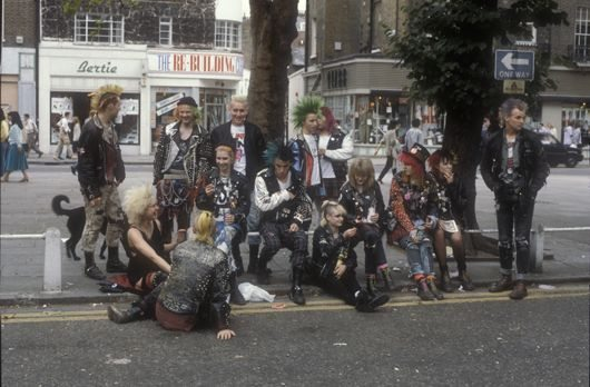 Punks hanging out on the Kings Road London 1983 ®Ted Polhemus PYMCA