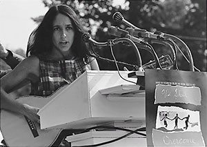 Joan Baez Image 1