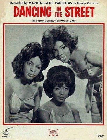 Calling Out Around The World For Martha & The Vandellas