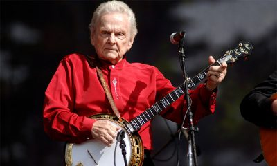 Ralph Stanley photo by Tim Mosenfelder and Getty Images