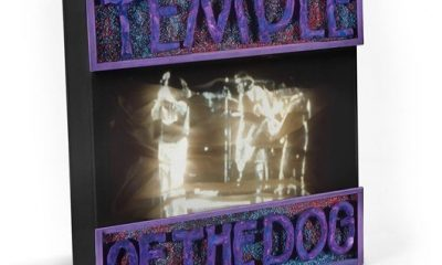 Temple Of The Dog Super Deluxe Box Set - 530