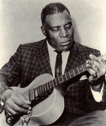 Howlin' Wolf Remembers The Natchez Fire Of 1940