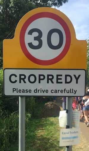 Cropedy road sign