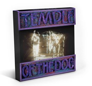 Temple Of The Dog Super Deluxe Box Set - 300