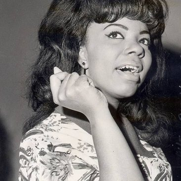 Mary Wells Had 'Two Lovers'