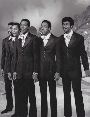 Temptations Release Motown's First Grammy-Winner