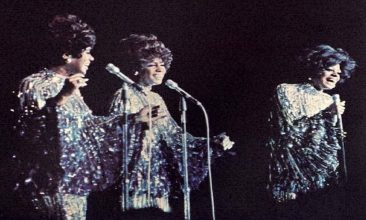 Diana Ross Says Farewell To The Supremes