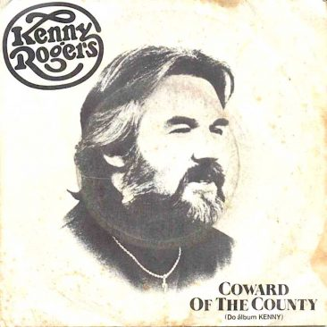 Kenny Rogers Keeps It Country