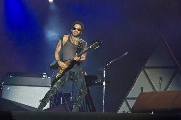 Lenny Kravitz To Honour Prince & Dhani Harrison Inducts ELO At Rock Hall Of Fame
