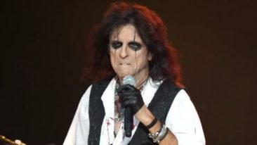 Alice Cooper To Reunite With Original Band Members For Nashville Show