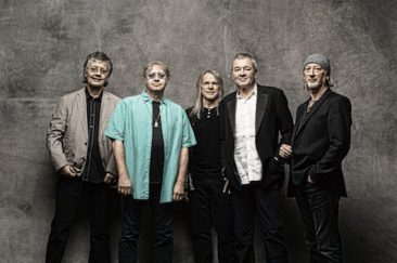 Deep Purple In UK Album Top Ten For First Time Since 1987