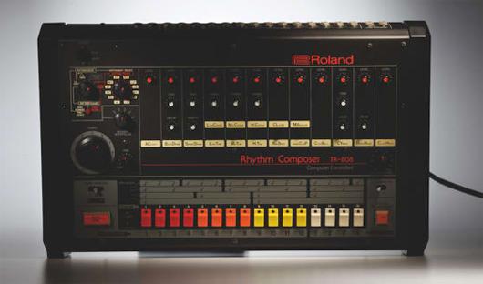 Roland-TR-808-Drum-Machine-web-530