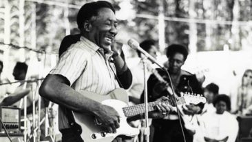 The Top 10 Chicago Blues Artists You Need To Hear