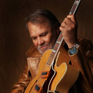 Glen Campbell Reveals Autobiographical Song From Forthcoming Album 'Adiόs'