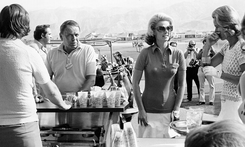 Frank And Barbara Sinatra photo by Michael Ochs Archives/Getty Images