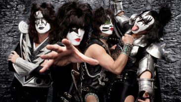 KISS Star Paul Stanley Writing Follow-Up To Autobiography 'Face The Music: A Life Exposed'