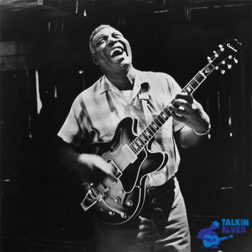 Howlin Wolf With Talkin Blues Logo 730