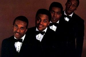 Four Tops Take A Stroll Through 'MacArthur Park'