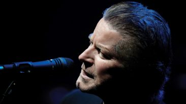 Don Henley, Lyle Lovett Detail Hurricane Harvey Relief Concert