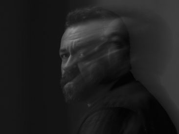 14-Time Grammy Winner Tyminski Is Ready For 'Southern Gothic' Spotlight