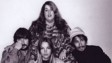 Top 10 Greatest Mamas And Papas Songs Of All Time – Vote Now!