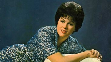 Top 10 Greatest Patsy Cline Songs Of All Time – Vote Now!