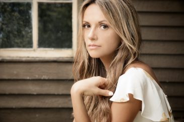 'Every Little Thing' Goes Right For Country Newcomer Carly Pearce