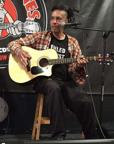Original Faith No More Vocalist Chuck Mosley Dies Aged 57