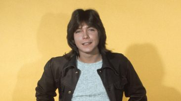 Stars Pay Tribute To 1970s Teen Idol David Cassidy, Dead At 67