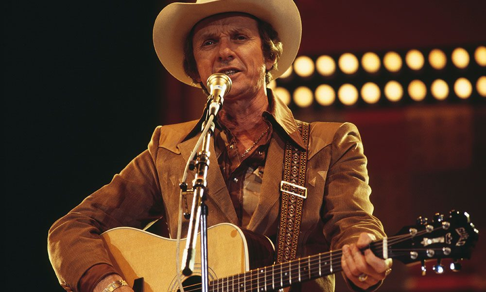 Mel Tillis photo by David Redfern and Redferns and Getty Images