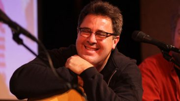 Vince Gill To Host All For The Hall Event In New York City