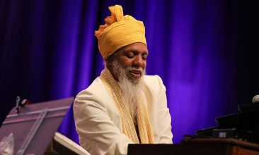 """The Highlight Of My Career Is Still Being Out Here"": Dr Lonnie Smith On 'All In My Mind'"