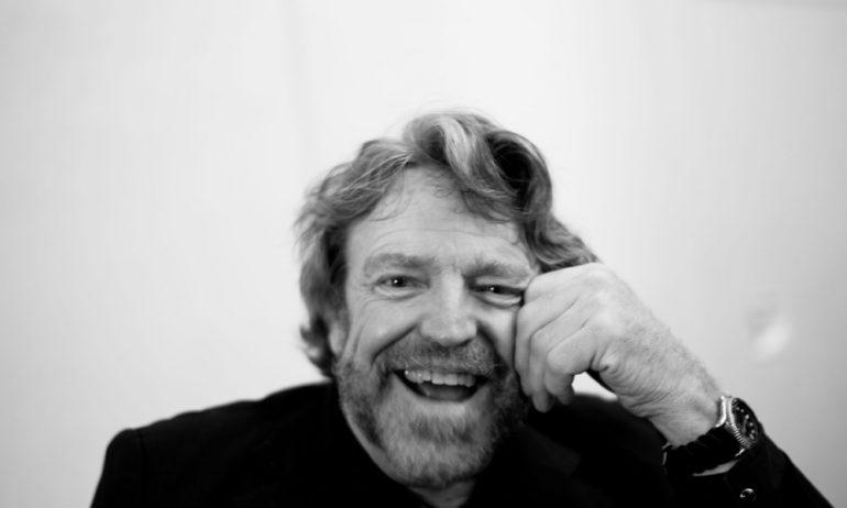 EFF cofounder John Perry Barlow dies