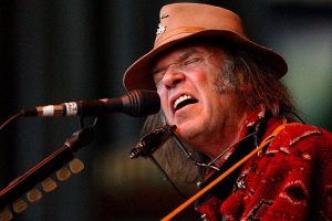 Neil Young Reveals Details Of New Live Album 'Roxy -Tonight's The Night'