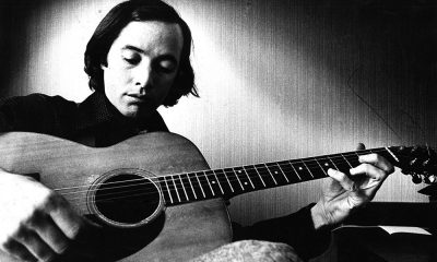 Ry Cooder photo by Gijsbert Hanekroot and Redferns